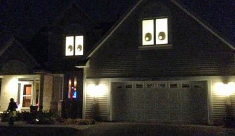 Eyeball House 1b